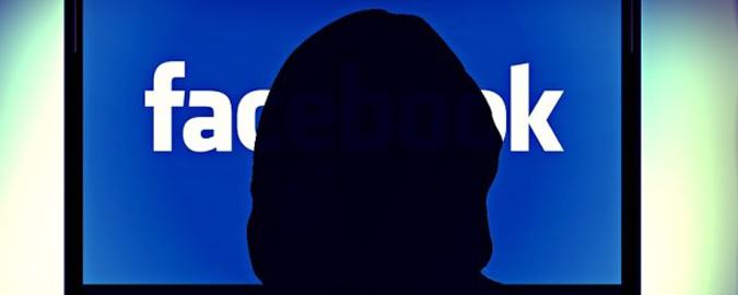 Adesca 11enne su Facebook: a giudizio
