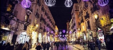 Catania senza luci per natale amministrazione chiede for Affitti catania privati non arredati