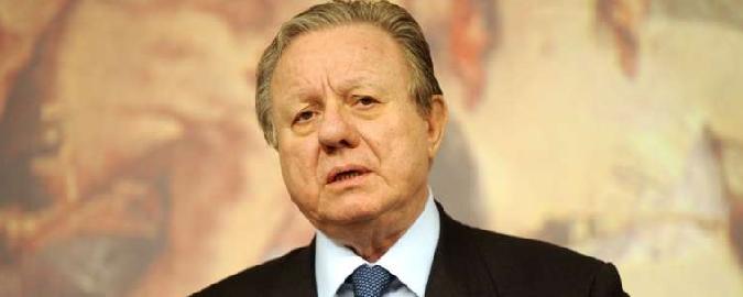 Scontro frontale, muore ex ministro Matteoli