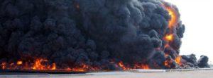 Tripoli bombardata, migranti in fuga