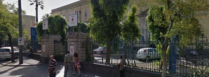 Una fiaccolata per il Vittorio Emanuele