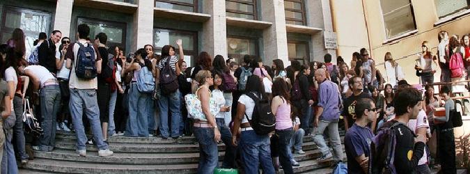 Donne che trovano lavoro dopo la laurea: a Bolzano l'82%, in Sicilia meno del 30% - lasiciliaweb | Notizie di Sicilia