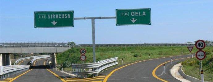 Incidente sulla Siracusa-Gela, muore 56enne