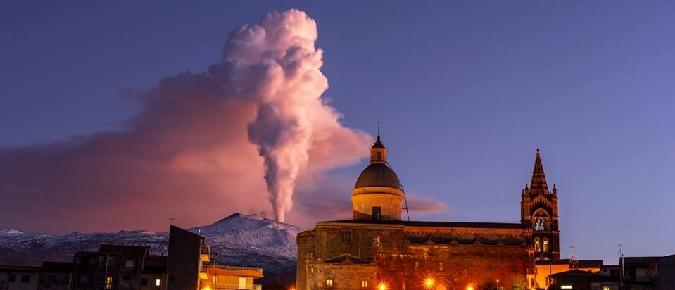 L'Etna fa paura, turisti disdicono viaggi