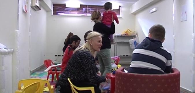 """Insolito capodanno per gli sfollati: """"Pensiamo a rasserenare i bambini"""""""