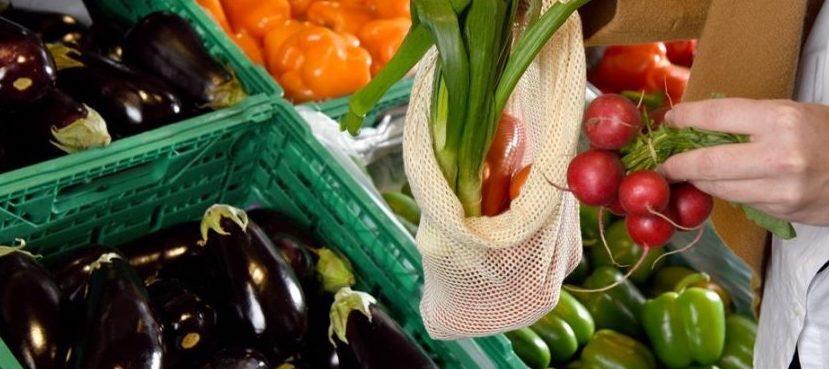 Veleni e microplastiche nei nostri vegetali