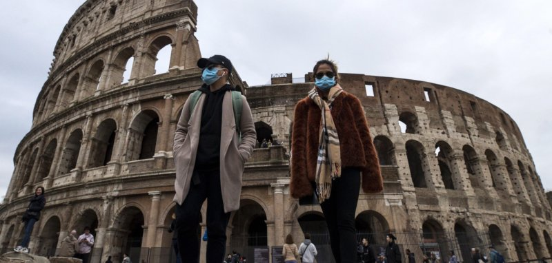 Coronavirus, alunni siciliani senza gite