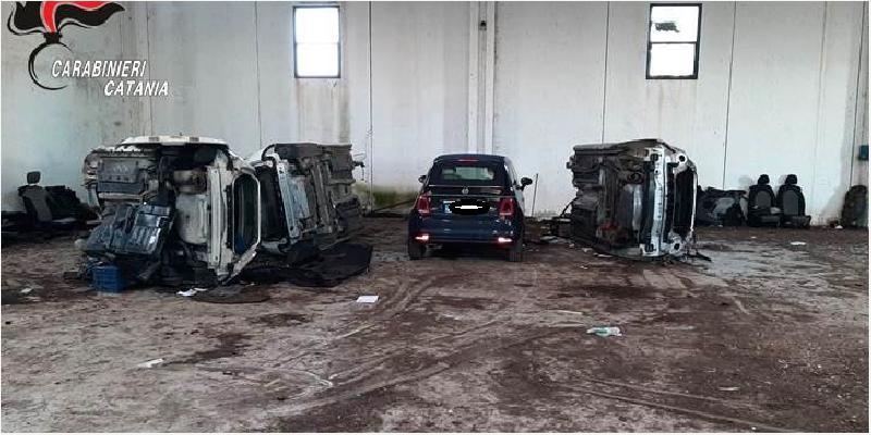 Deposito di auto rubate a Paternò