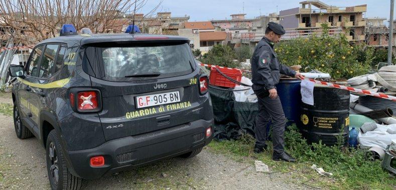 Rifiuti tossici a Santa Teresa Riva