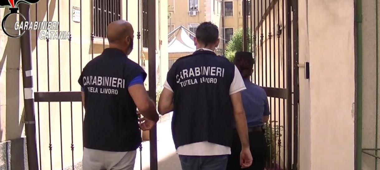 Catania: lavoravano in nero nella casa di riposo e intascavano reddito di cittadinanza