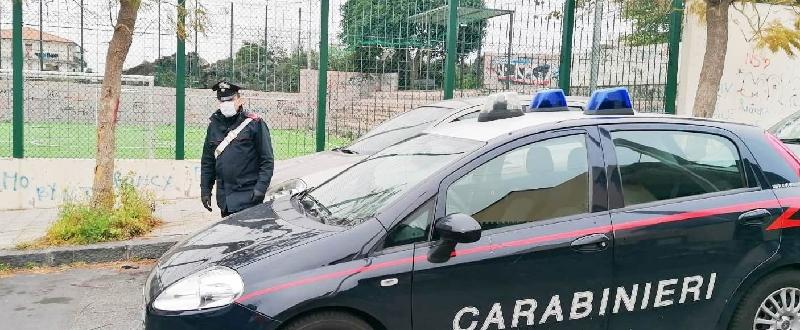 Suicidio shock di un anziano catanese: scende dalla macchina e si dà fuoco