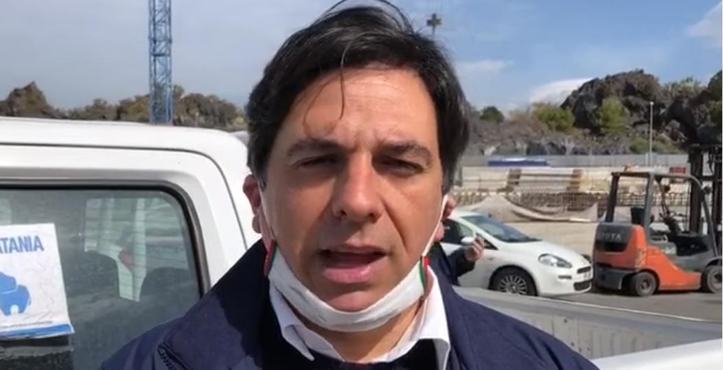 """Pogliese e De Luca bocciano Conte: """"Bisognava differenziare tra regioni"""""""