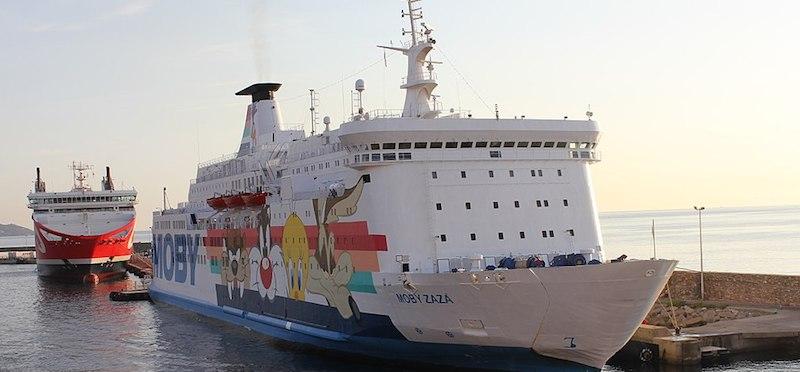 La nave-quarantena arriva a Lampedusa