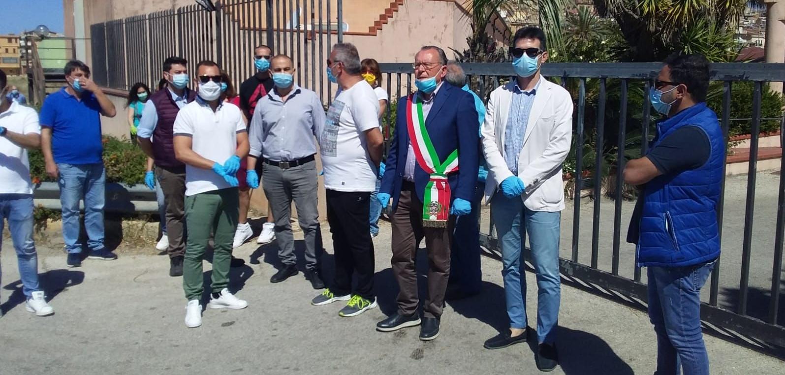 Siculiana, fuggono migranti in quarantena
