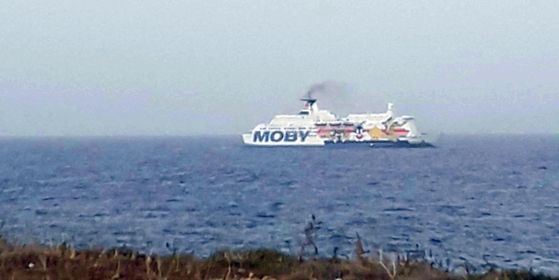 """Covid, 28 positivi su nave quarantena. Musumeci: """"Avevamo ragione"""""""