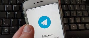 Quotidiani gratis su Telegram, denunciato