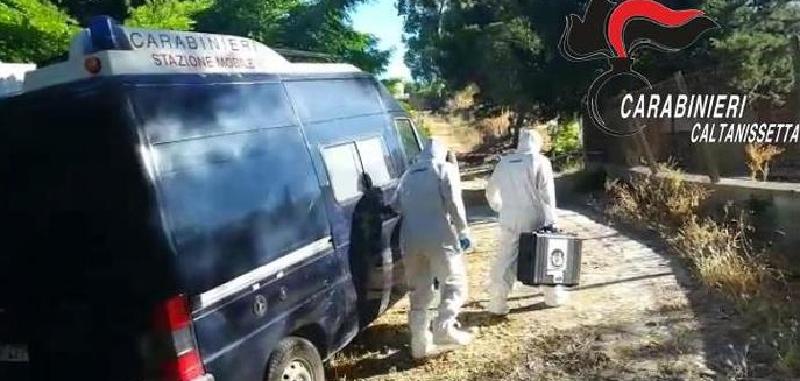 Due fratelli uccisi nella campagna nissena