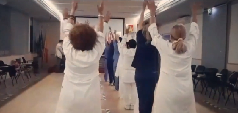 Ballano anche i medici catanesi