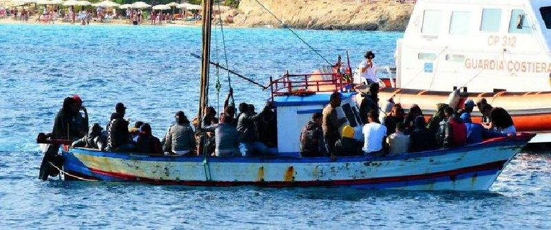 Lampedusa, sbarcati 115 migranti in 8 ore