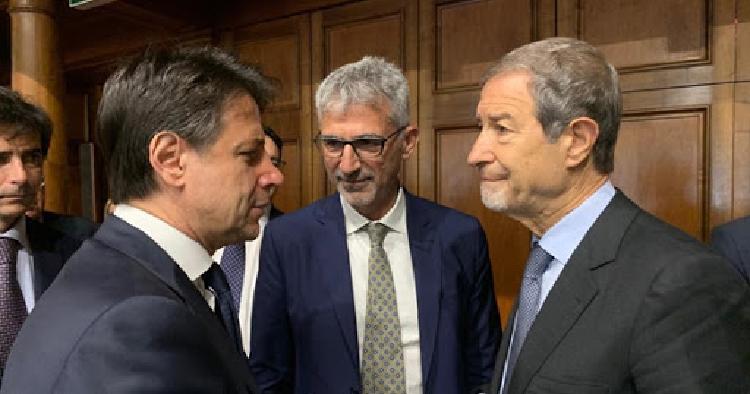 """Lettera aperta di Musumeci al premier: """"Esodo di disperati, non lasciateci soli"""""""