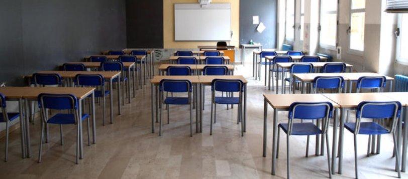 """Scuola, le rassicurazioni di Lagalla: """"Rischio basso in classe, ma evitare assembramenti"""""""