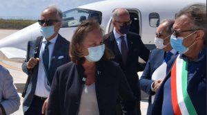 'Hotspot di Lampedusa vuoto entro 24 ore'