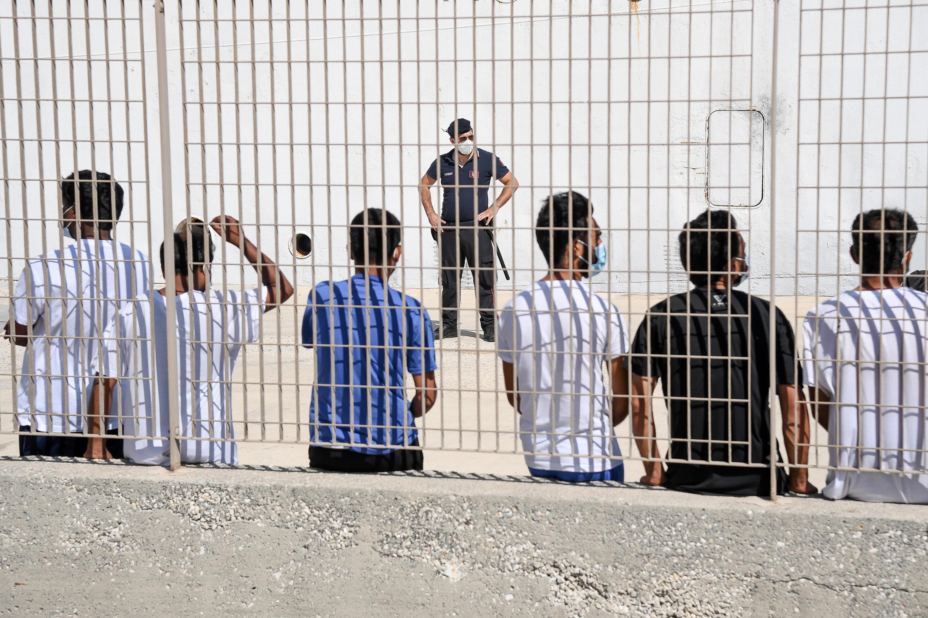 Pozzallo, rintracciati 5 migranti in fuga