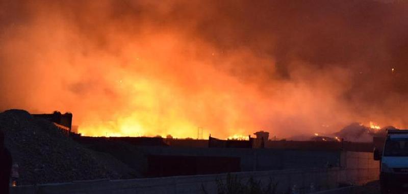 Notte di fuoco nel Palermitano