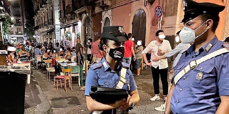 Catania: blitz nel quadrilatero della movida, carabinieri chiudono due locali