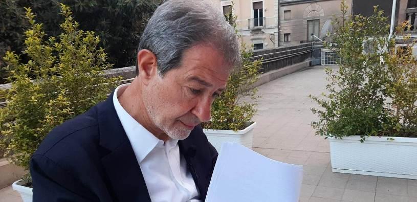 """""""Il governo nazionale tace da 48 ore, ci rivolgeremo alla magistratura"""""""