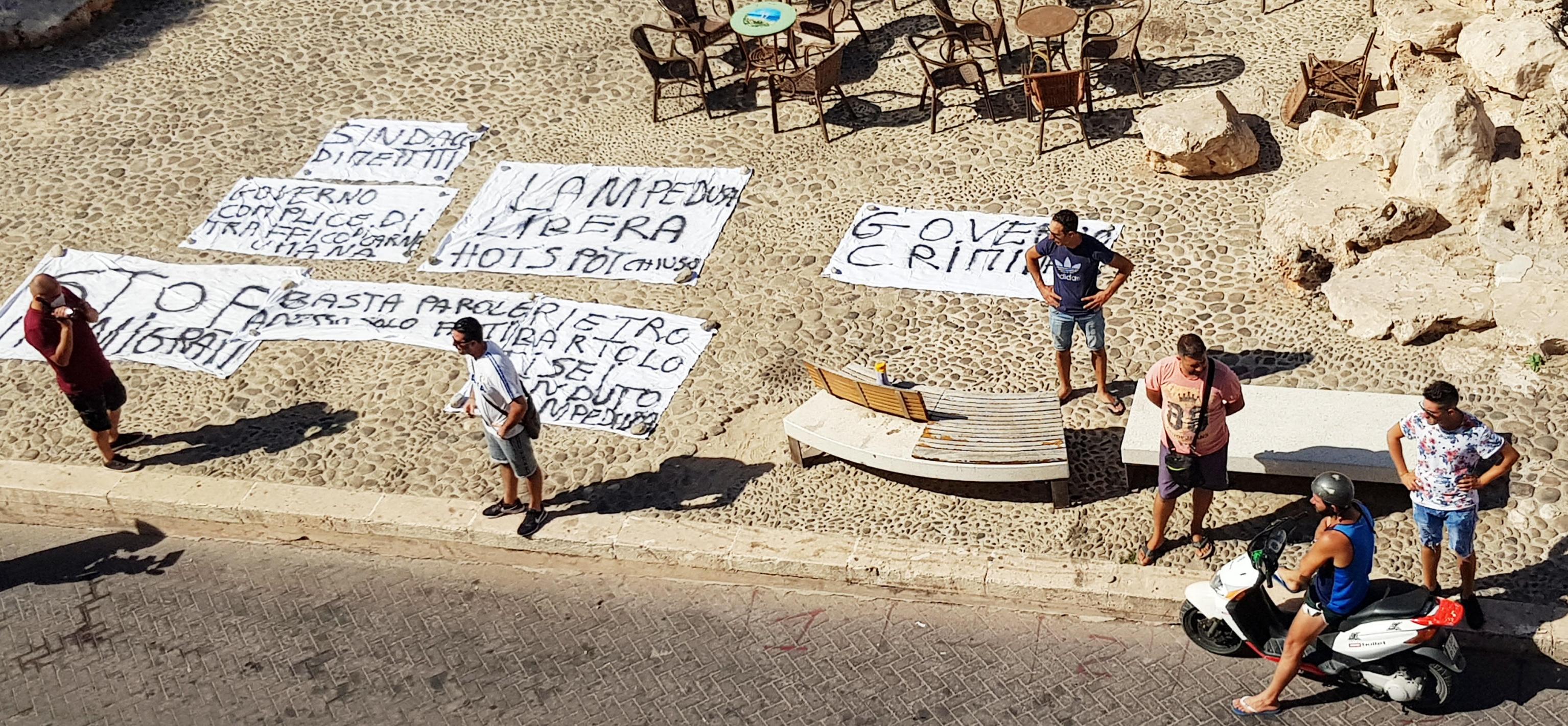 Lampedusa, scocca l'ora della protesta. Martello e Musumeci da Conte