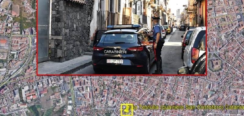 Spintoni ai carabinieri per far fuggire pusher