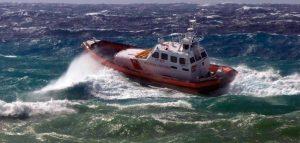 Salva 15enne che stava annegando, sottufficiale trovato morto in mare