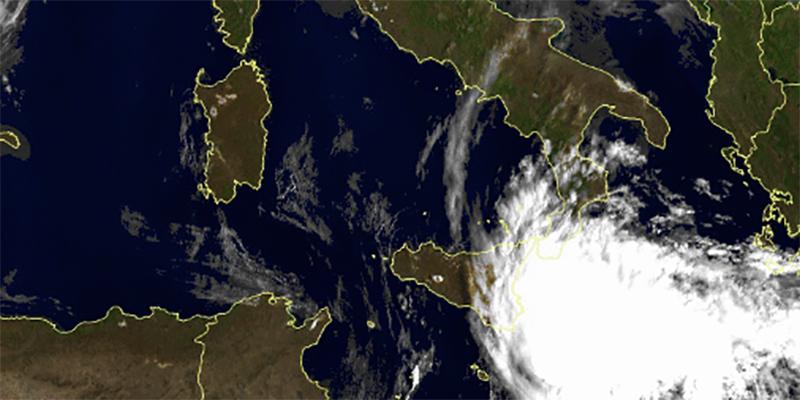 Tempesta tropicale punta la Sicilia