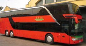 Turista arrivata in Sicilia positiva al Covid: si cercano dei passeggeri di due autobus