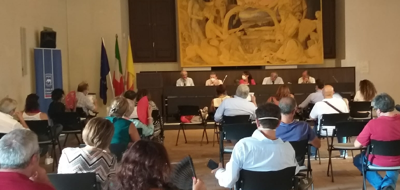 Catania, lezioni in locali privati o nelle parrocchie negli istituti a corto di spazi