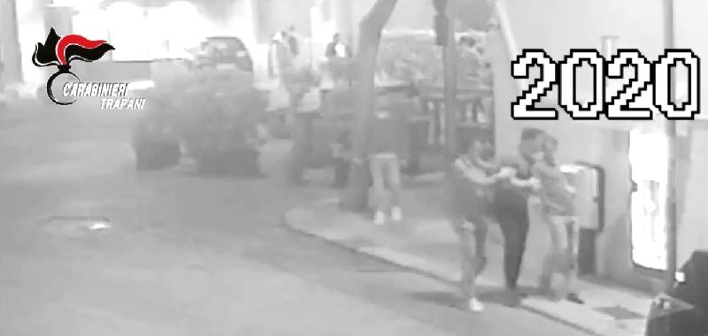 Continuano aggressioni razziste a Marsala, ferito anche poliziotto libero dal servizio