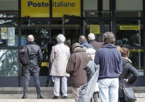 Catania, positivo al Covid in fila alle Poste