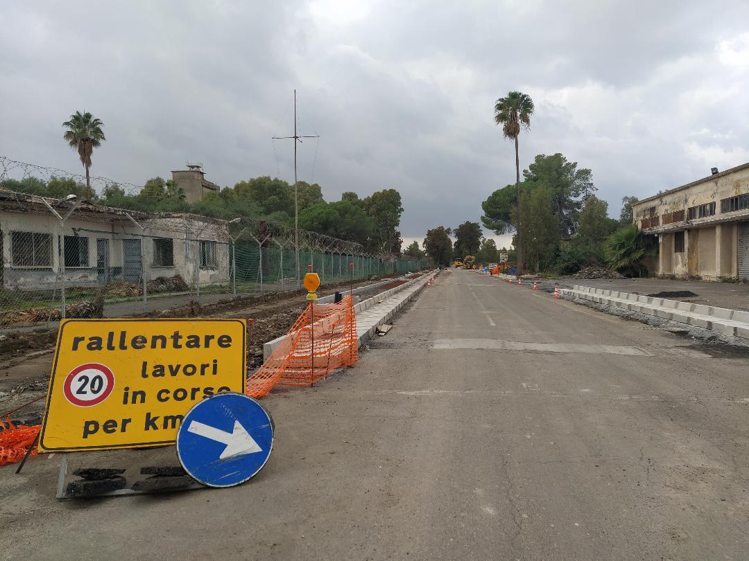 Fontanarossa-stazione: collegamento vicino