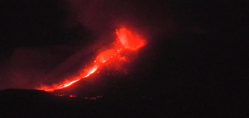 Magma 'primitivo' dal profondo dell'Etna
