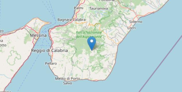 Terremoto, tremano Messina e Reggio