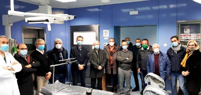 Ribera, associazioni anti-Covid donano tavolo operatorio