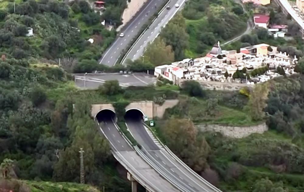 Anche in Sicilia i divieti nei tunnel