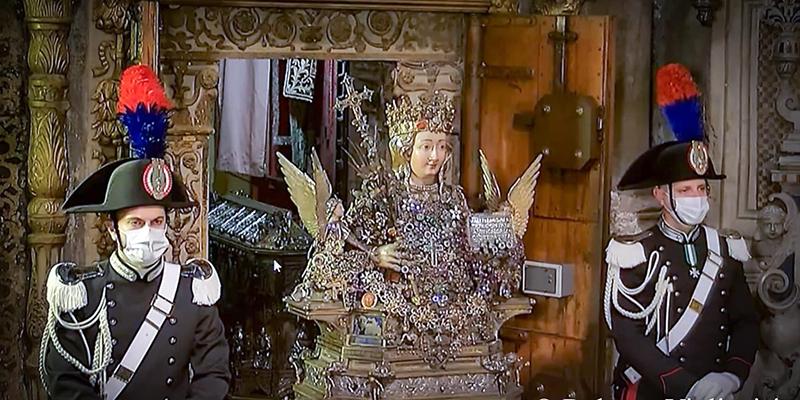 Sant'Agata esce dal sacello