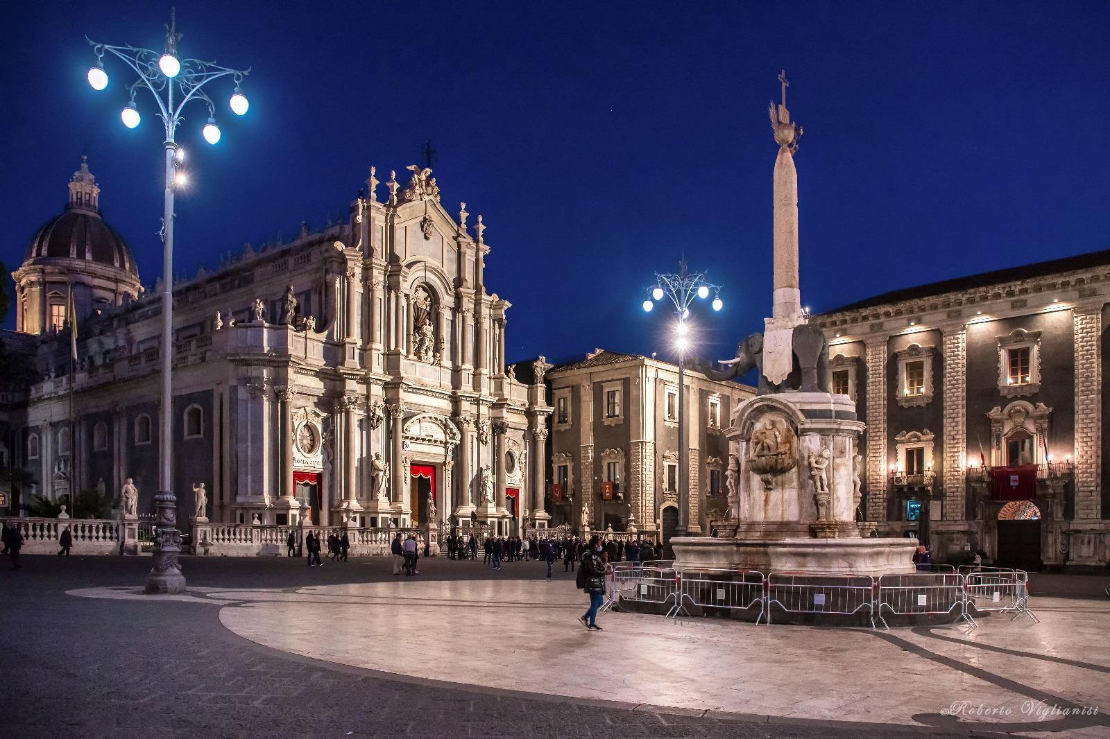 La Cattedrale s'illumina per Sant'Agata